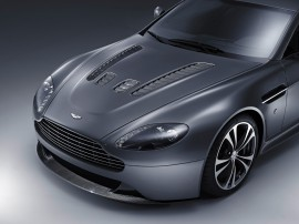 Papel de parede Aston Martin V12 Vantage 2010