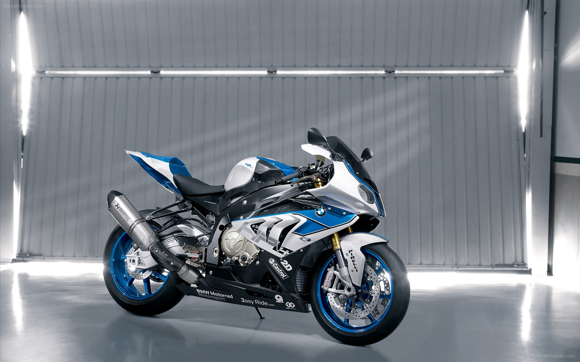 Papel de parede Superbike: BMW HP4 Azul para download gratuito. Use no computador pc, mac, macbook, celular, smartphone, iPhone, onde quiser!
