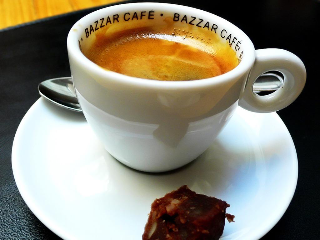 Papel de parede Café Expresso para download gratuito. Use no computador pc, mac, macbook, celular, smartphone, iPhone, onde quiser!