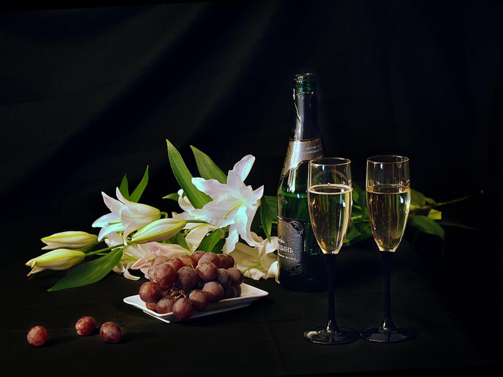 Papel de parede Champagne – Festa para download gratuito. Use no computador pc, mac, macbook, celular, smartphone, iPhone, onde quiser!