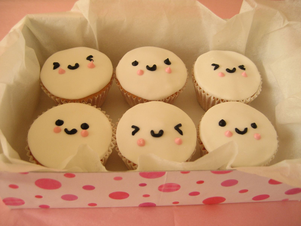 Papel de parede Cupcakes – Bonitinhos para download gratuito. Use no computador pc, mac, macbook, celular, smartphone, iPhone, onde quiser!