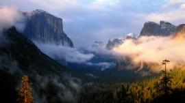 Papel de parede Entardecer nas Montanhas