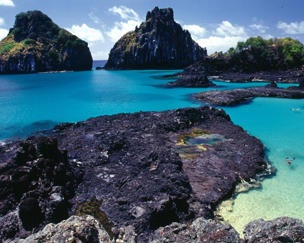 Papel de parede Fernando de Noronha: Natureza para download gratuito. Use no computador pc, mac, macbook, celular, smartphone, iPhone, onde quiser!
