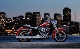 Papel de parede Harley-Davidson Dyna Switchback