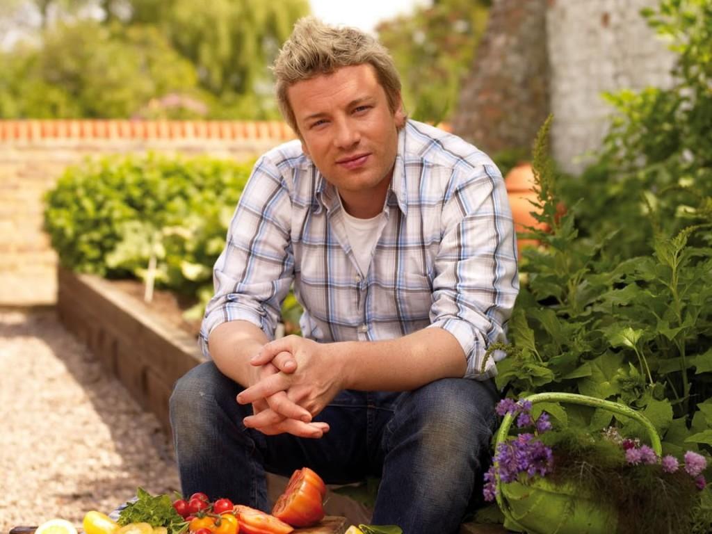 Papel de parede Jamie Oliver – Na Horta para download gratuito. Use no computador pc, mac, macbook, celular, smartphone, iPhone, onde quiser!