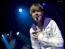 Papel de parede Justin Bieber – Cantor Pop