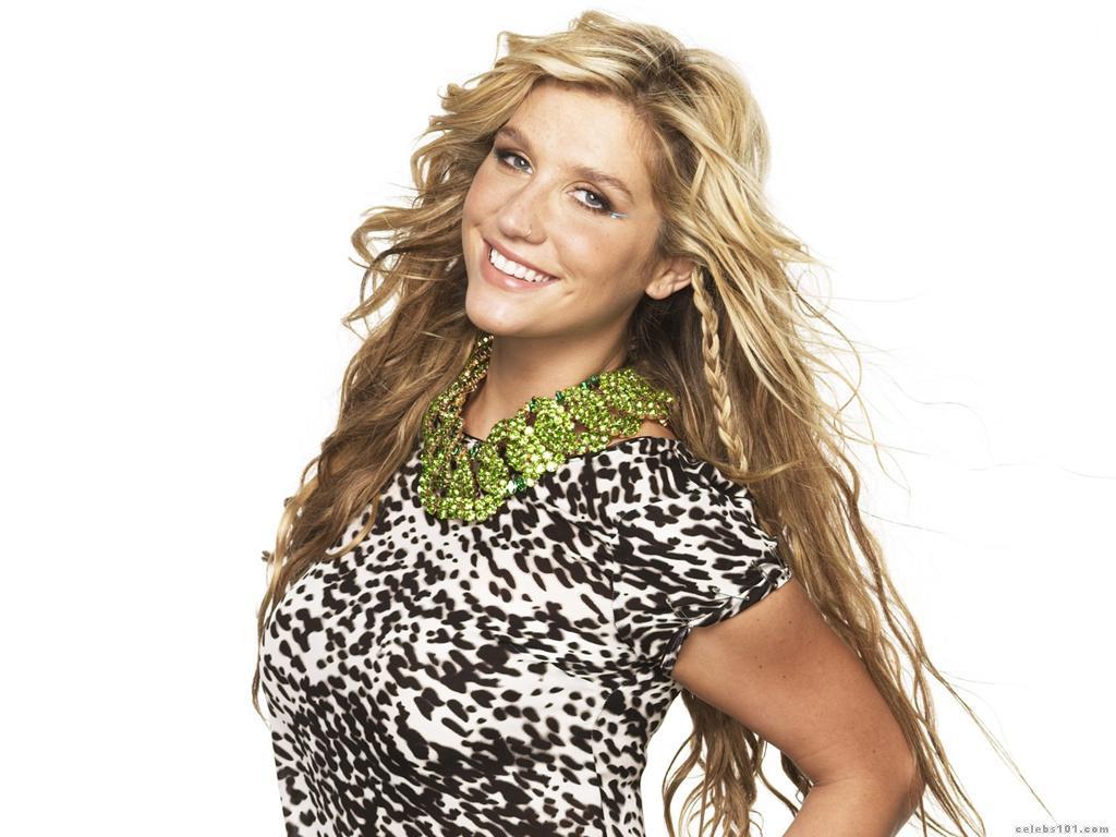 Papel de parede Kesha: Animal Print para download gratuito. Use no computador pc, mac, macbook, celular, smartphone, iPhone, onde quiser!