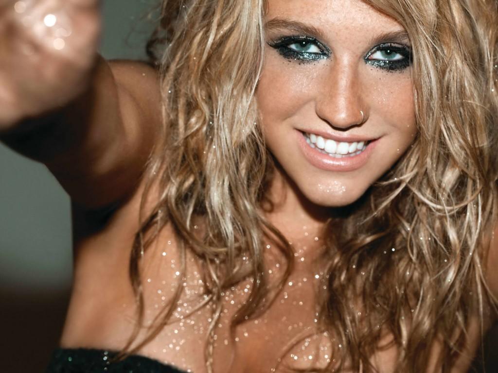 Papel de parede Kesha: Maquiagem para download gratuito. Use no computador pc, mac, macbook, celular, smartphone, iPhone, onde quiser!