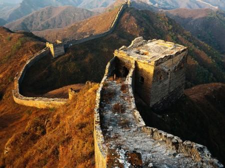 Papel de parede Muralha da China para download gratuito. Use no computador pc, mac, macbook, celular, smartphone, iPhone, onde quiser!