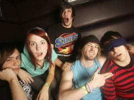 Papel de parede Paramore: Amigos