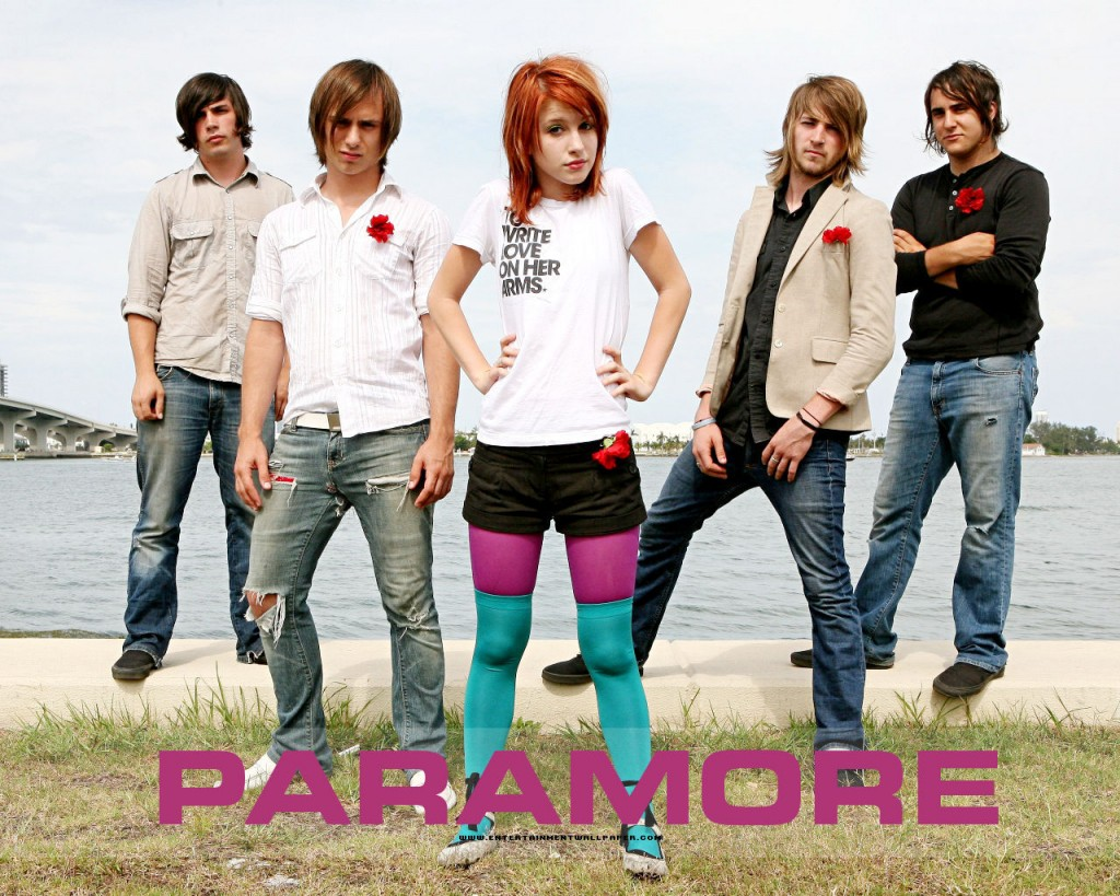 Papel de parede Paramore: Beira do Mar para download gratuito. Use no computador pc, mac, macbook, celular, smartphone, iPhone, onde quiser!