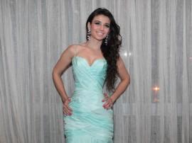 Papel de parede Paula Fernandes: Belo Vestido