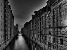 Papel de parede Edifício – Mal Assombrado
