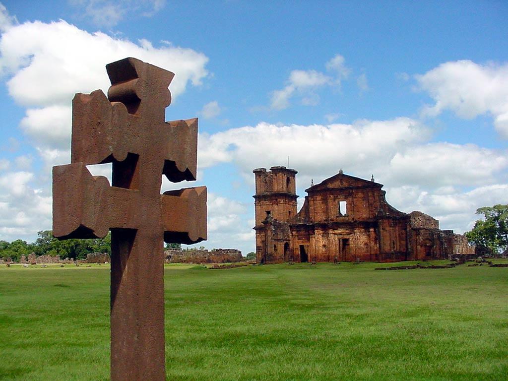 Papel de parede Cruz em São Miguel das Missões para download gratuito. Use no computador pc, mac, macbook, celular, smartphone, iPhone, onde quiser!