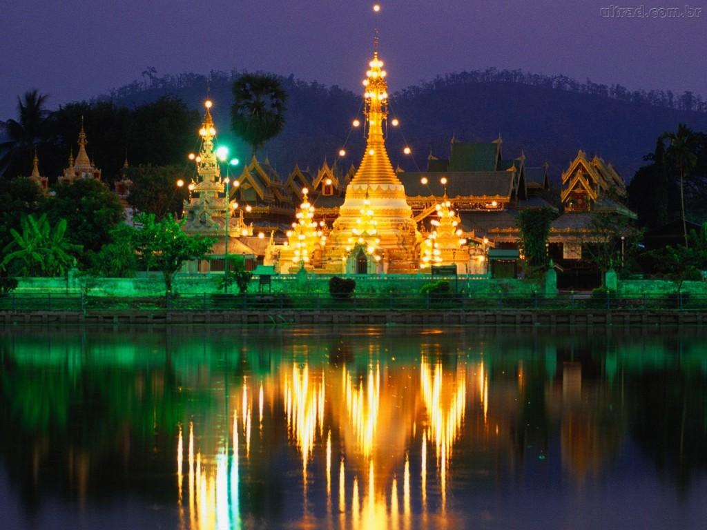 Papel de parede Tailândia: Iluminado para download gratuito. Use no computador pc, mac, macbook, celular, smartphone, iPhone, onde quiser!