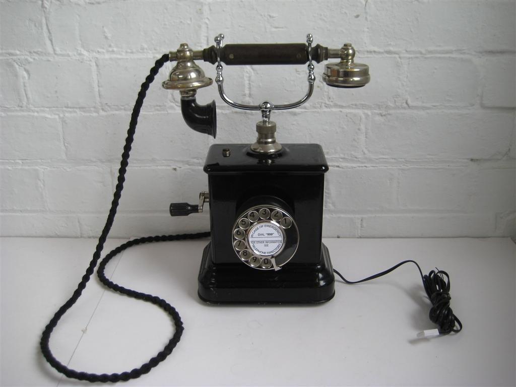 Papel de parede Telefone Antigo para download gratuito. Use no computador pc, mac, macbook, celular, smartphone, iPhone, onde quiser!