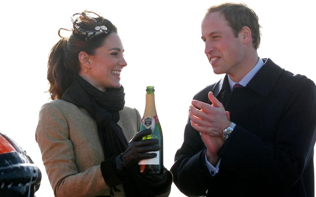 Papel de parede William e Kate – Celebração para download gratuito. Use no computador pc, mac, macbook, celular, smartphone, iPhone, onde quiser!