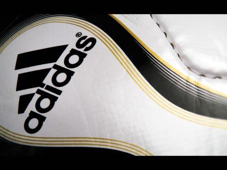 Papel de parede Adidas – Futebol para download gratuito. Use no computador pc, mac, macbook, celular, smartphone, iPhone, onde quiser!