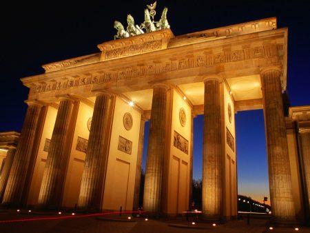 Papel de parede Alemanha – Portão de Brandemburgo para download gratuito. Use no computador pc, mac, macbook, celular, smartphone, iPhone, onde quiser!