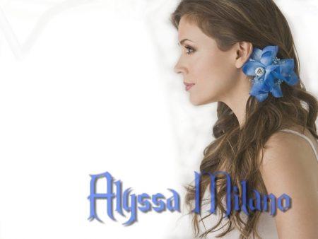 Papel de parede Alyssa Milano para download gratuito. Use no computador pc, mac, macbook, celular, smartphone, iPhone, onde quiser!