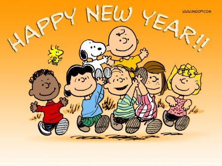 Papel de parede Ano Novo do Snoopy para download gratuito. Use no computador pc, mac, macbook, celular, smartphone, iPhone, onde quiser!