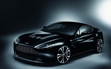 Papel de parede Aston Martin Carbon para download gratuito. Use no computador pc, mac, macbook, celular, smartphone, iPhone, onde quiser!