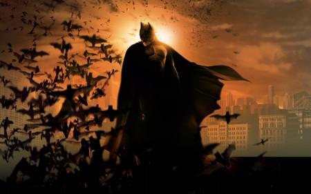 Papel de parede Batman Begins para download gratuito. Use no computador pc, mac, macbook, celular, smartphone, iPhone, onde quiser!