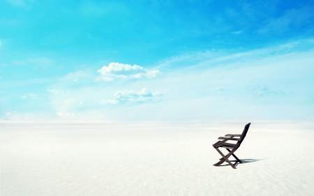 Papel de parede A Cadeira e a Praia para download gratuito. Use no computador pc, mac, macbook, celular, smartphone, iPhone, onde quiser!