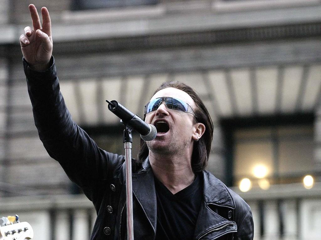 Papel de parede Bono, Um Ativista Pela Paz para download gratuito. Use no computador pc, mac, macbook, celular, smartphone, iPhone, onde quiser!