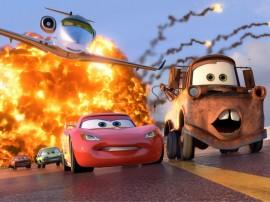 Papel de parede Carros 2 – Perseguição