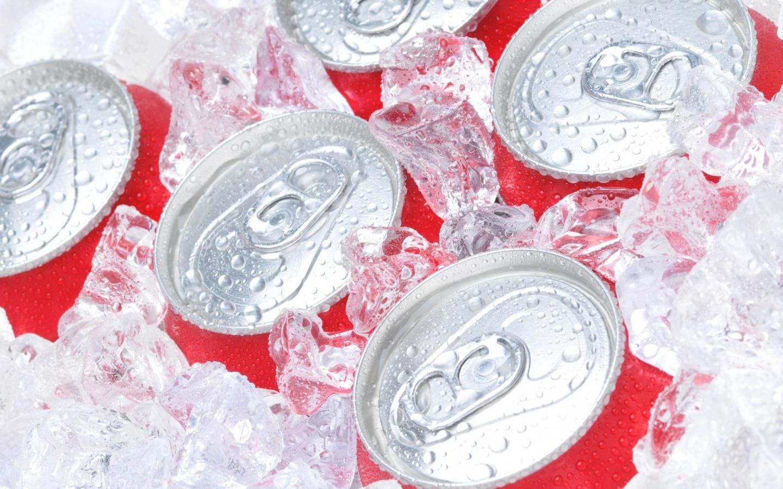 Papel de parede coca cola no gelo wallpaper para download - Cola para papel ...