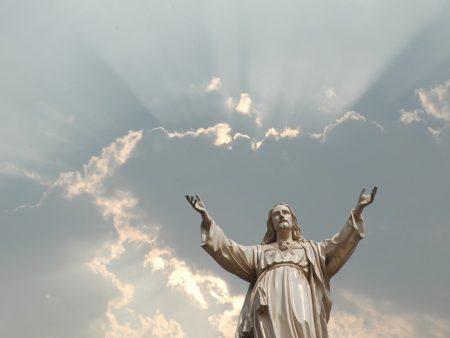 Papel de parede Cristo Estátua para download gratuito. Use no computador pc, mac, macbook, celular, smartphone, iPhone, onde quiser!
