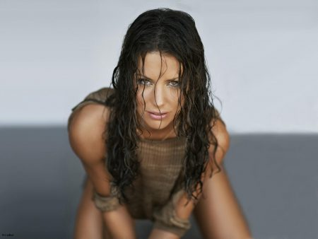 Papel de parede Evangeline Lilly para download gratuito. Use no computador pc, mac, macbook, celular, smartphone, iPhone, onde quiser!
