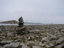 Papel de parede Farol nas pedras