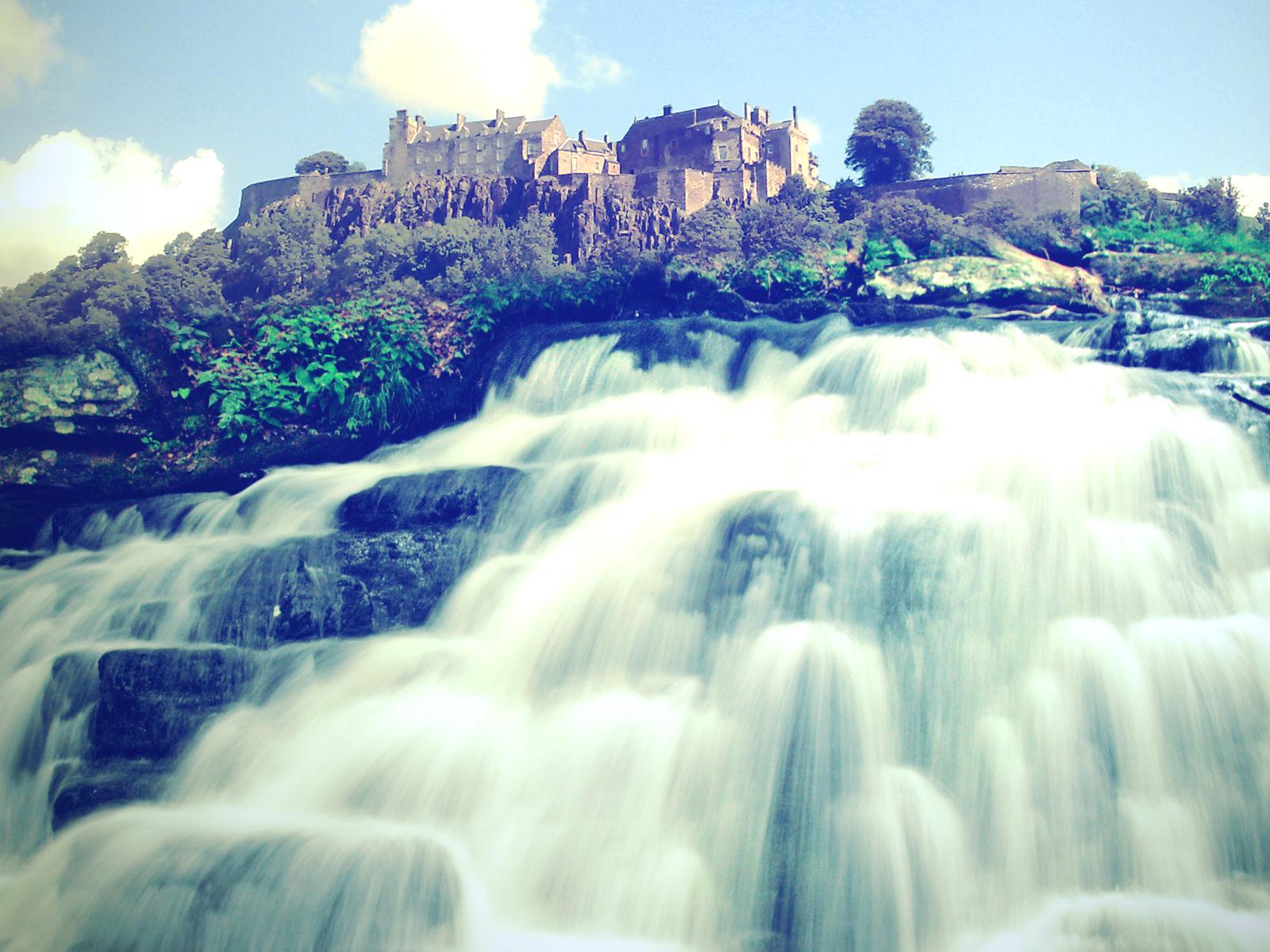 Papel de Parede Grande Cachoeira Wallpaper para Download ...