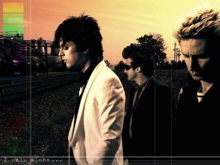 Papel de parede Green Day – Letras Políticas para download gratuito. Use no computador pc, mac, macbook, celular, smartphone, iPhone, onde quiser!