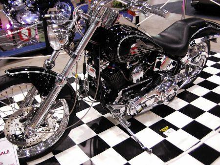 Papel de parede Harley Davidson#1 para download gratuito. Use no computador pc, mac, macbook, celular, smartphone, iPhone, onde quiser!
