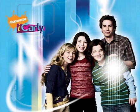 Papel de parede iCarly – Carly e seus amigos para download gratuito. Use no computador pc, mac, macbook, celular, smartphone, iPhone, onde quiser!