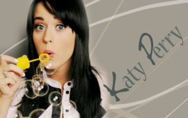 Papel de parede Katy Perry – Bolha de Sabão