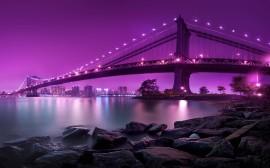 Papel de parede Luzes Roxas na Ponte de Manhattan