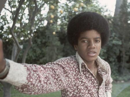 Papel de parede Michael Jackson para download gratuito. Use no computador pc, mac, macbook, celular, smartphone, iPhone, onde quiser!