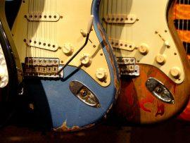 Papel de parede Música – Guitarras antigas