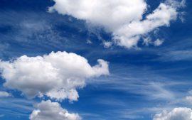 Papel de parede Nas Nuvens – Bonito