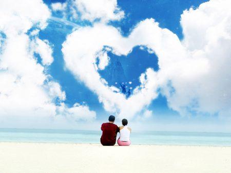 Papel de parede Nas Nuvens – Coração para download gratuito. Use no computador pc, mac, macbook, celular, smartphone, iPhone, onde quiser!