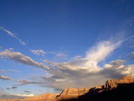 Papel de parede Nas Nuvens – Desenhos