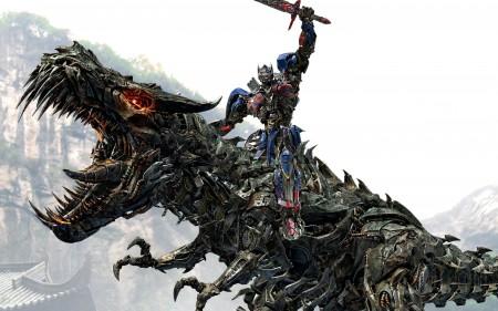 Papel de parede Transformers 4: Optimus Prime Montando o Grimlock para download gratuito. Use no computador pc, mac, macbook, celular, smartphone, iPhone, onde quiser!
