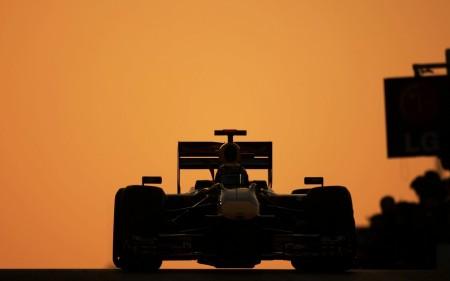 Papel de parede Pôr-Do-Sol na Fórmula 1 para download gratuito. Use no computador pc, mac, macbook, celular, smartphone, iPhone, onde quiser!