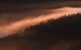 Papel de parede Pôr do sol nevoento 4K