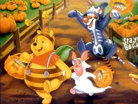 Papel de parede Pooh – Halloween para download gratuito. Use no computador pc, mac, macbook, celular, smartphone, iPhone, onde quiser!