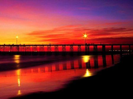 Papel de parede Pôr do Sol sobre a Ponte para download gratuito. Use no computador pc, mac, macbook, celular, smartphone, iPhone, onde quiser!